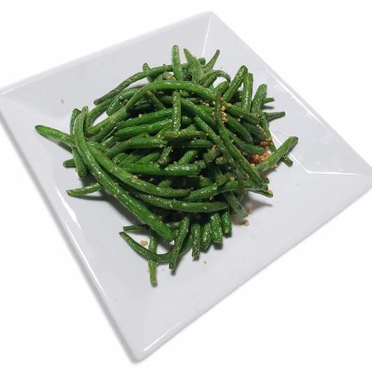 V11. Garlic String Beans