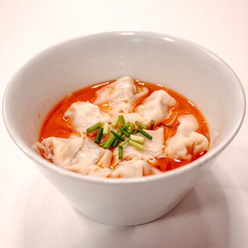 H10. Wonton with Spicy Sauce 红油龙抄手