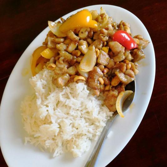 R11. Salt Roast Chicken on Rice