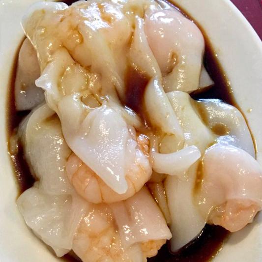 M4. Shrimp Rice Noodle Roll