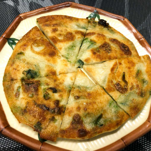 382. Baked Scallion Pancake 蔥油餅
