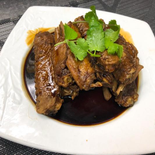 36. Braised Duck Winglets w/ Rice Wine Sauce 杭州掌翼
