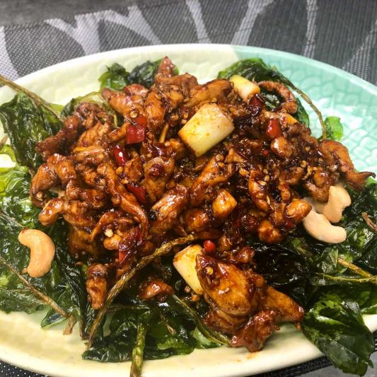 165. Sauteed Chicken Meat Balls w/ Sichuan Chili 川椒雞球