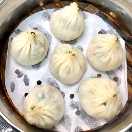 621. Steamed Bun Filled with Dill and Pork 茴香小籠包