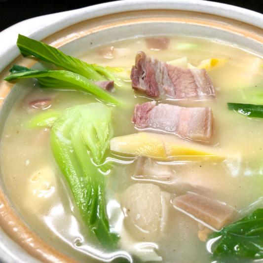 322. Braised Bamboo Shoots Pork & Preserved Pork in Casserole 砂鍋醃篤鮮