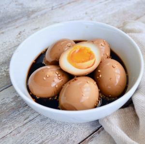 15. Marinated Egg (1 pc) 五香卤蛋 (1个)