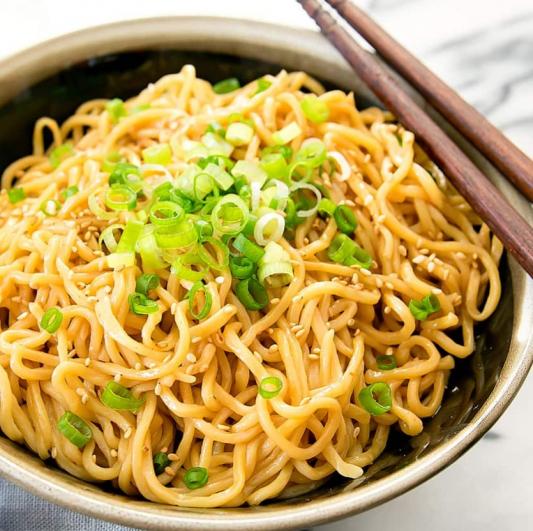 4. Sesame Soy Cold Noodles 麻酱凉面