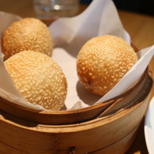 4. Sweet Sesame Seed Bun