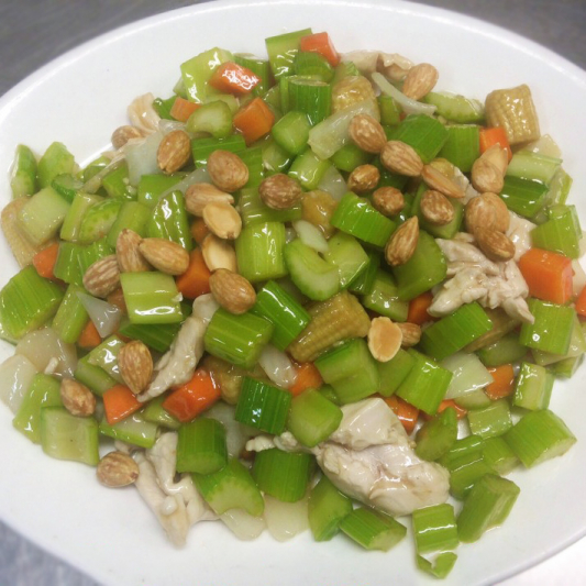 Diced Chicken Almond Chop Suey