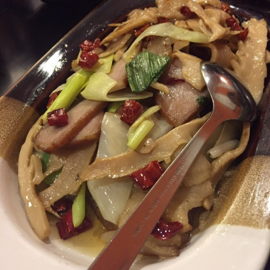 E12. Smoked Bamboo Shoots with Pork
