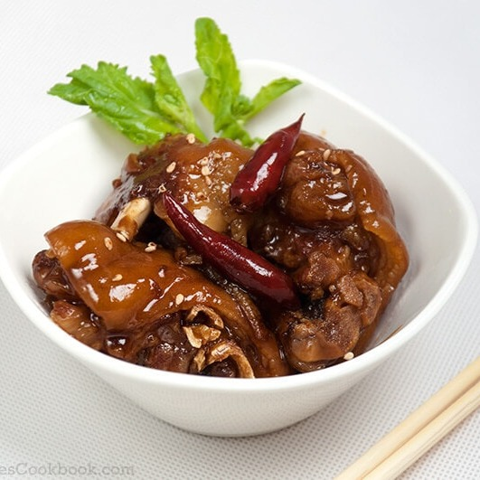 A05. Spicy Pork's Feet in Bucket