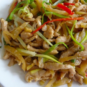 Sliced Pork with Hunan Pickle 榨菜肉丝