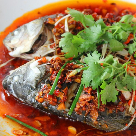 Steamed Crucian in Spicy Sauce 剁椒鲫鱼