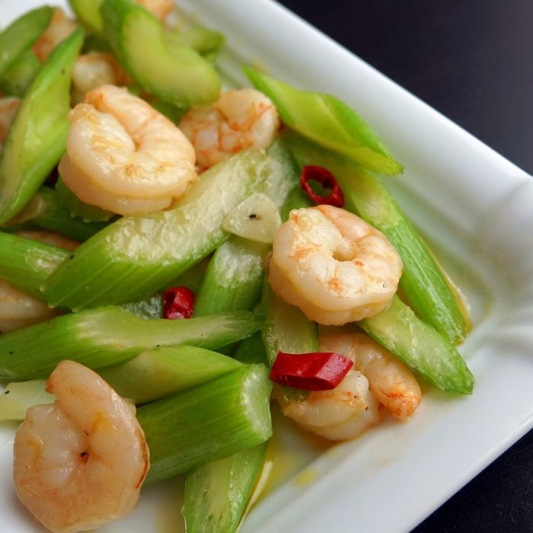 Stir-Fried Shrimp with Celery 西芹虾球