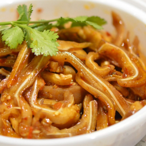 10. Spicy Pig Ear 麻辣耳絲