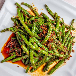 2. Chilli Green Beans with Minced Pork