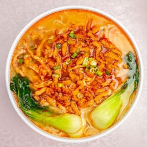 17. Shanghai Style Spicy Pork Noodle Soup 上海辣肉麵