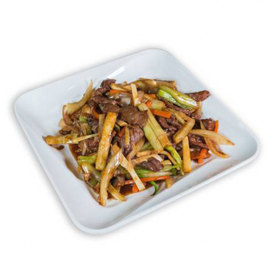 15. Stir-Fried Beef Slices with Bamboo Shoots 筍炒牛肉絲