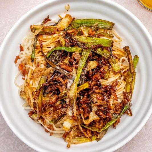 26. Dried Shrimp Noodle with Scallion Oil 開陽蔥油拌麵