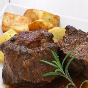 Braised OX Tail & Potato with Red Wine