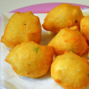 8. Potato Bonda