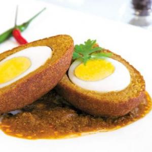 8. Egg Bonda(x 4)