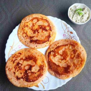 Tomato Uttapam