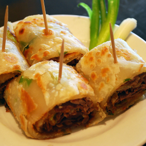 D4. Sliced Beef in Chinese Green Onion Pancake
