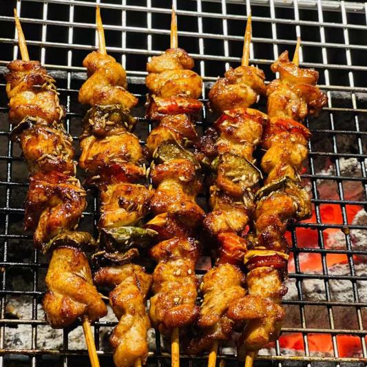 Chicken Kebab (5 skewers) 炭烤雞肉串 (辣) (5 串)