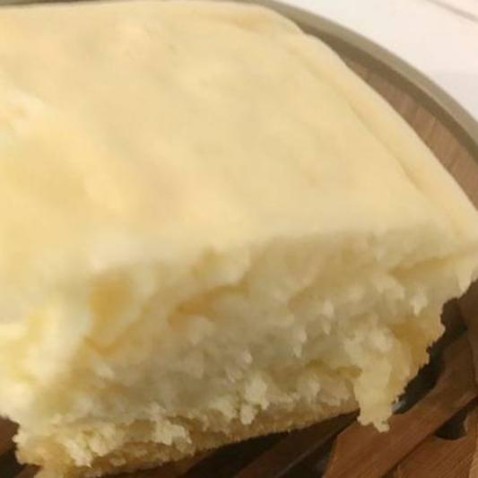 122. Steamed Sponge Cake (Sweet) (1 pc) 马拉糕