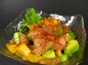 23.Tuna & Mango Salad