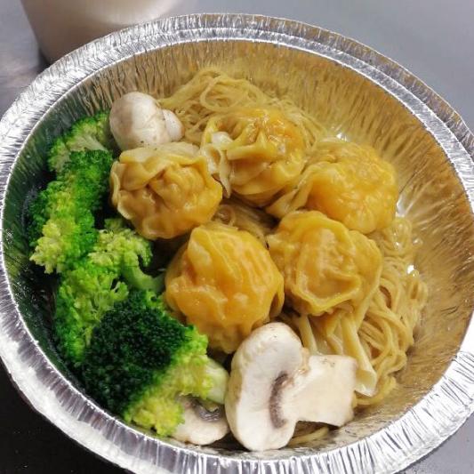 27. Shrimp & Pork Wonton Noodle or Vermicelli in Soup
