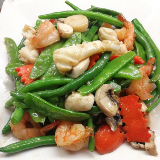 69. Sauteed Prawn Scallops & Squid