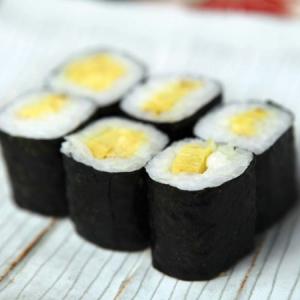 2.Tamago Roll