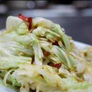 711. Chou Sauté au Style Szechuan / Stir-fried Szechuan Style Cabbage / 手撕包菜