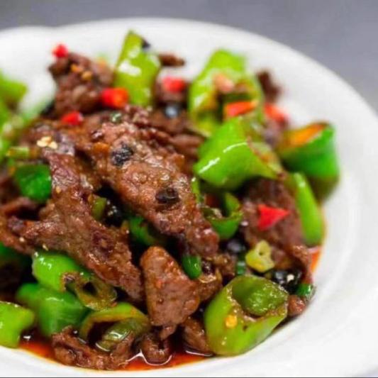 304. Boeuf Tranché Sauté avec Piment Vert / Stir Fried Sliced beef with Long Green Pepper / 小炒牛
