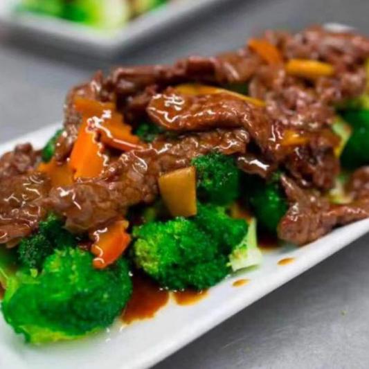 308. Boeuf avec Brocoli Chinois / Beef with Chinese Broccoli / 牛肉唐兰