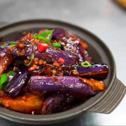 704. Aubergine er Porc Haché à la Sauce Forte à L'ail / Eggplant and Minced Pork with Hot Garlic Sauce / 鱼香茄子