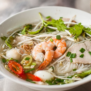 Seafood in Rice Noodle Soup