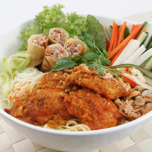 Grilled Chicken, Spring Roll with Vermicelli