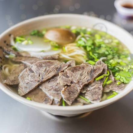 101. Traditional Beef Noodle 传统牛肉拉面