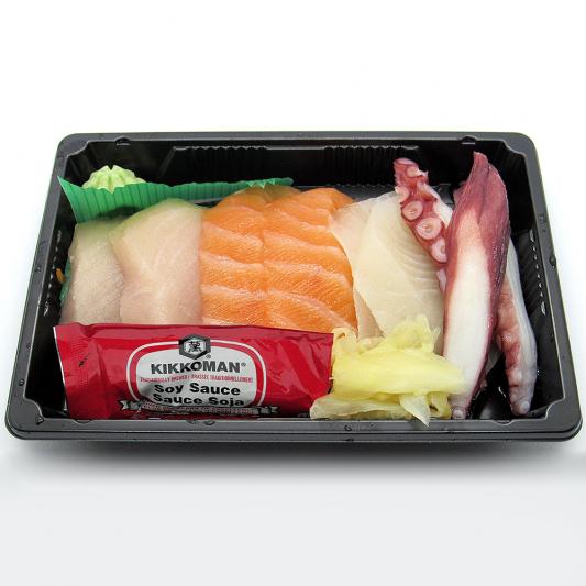Salmon (2 pcs) & Tuna (2 pcs) & Tai (2 pcs) & Tako (2 pcs)