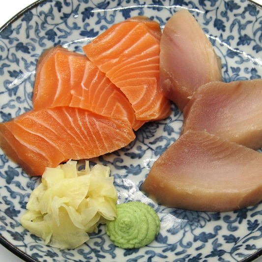 Tuna (3 pcs) & Salmon (3 pcs)