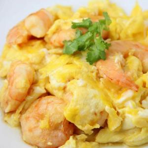 1312. Stir Fried Prawn with Scrambled Eggs 滑蛋炒虾球