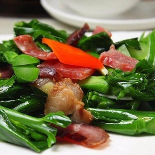 3101. Stir Fried Gai Lan with Chinese Sausage 腊味炒芥兰