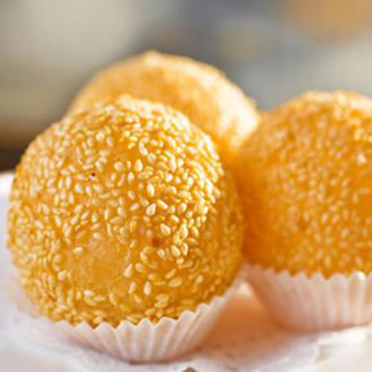 9332. Deep Fried Sesame Ball with Red Bean Paste 台湾红豆煎堆仔