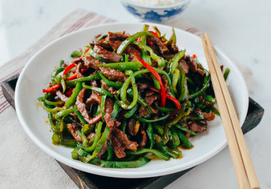 A37. Stir Fried Beef with Hot Pepper