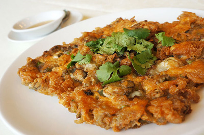 F19. Chiu Chow Fried Oyster Omelette