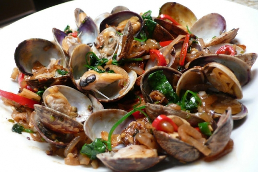 9. Clams in Black Bean Sauce