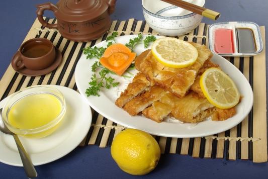 49. Breaded Lemon Chicken - 柠檬鸡